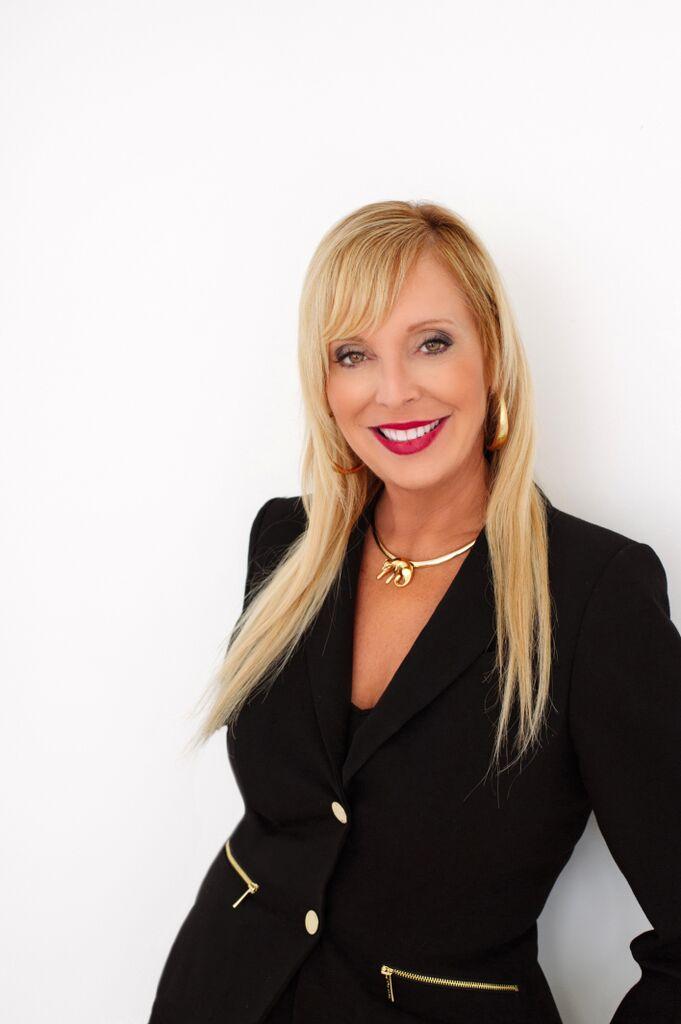 Kimberly Mills profile image