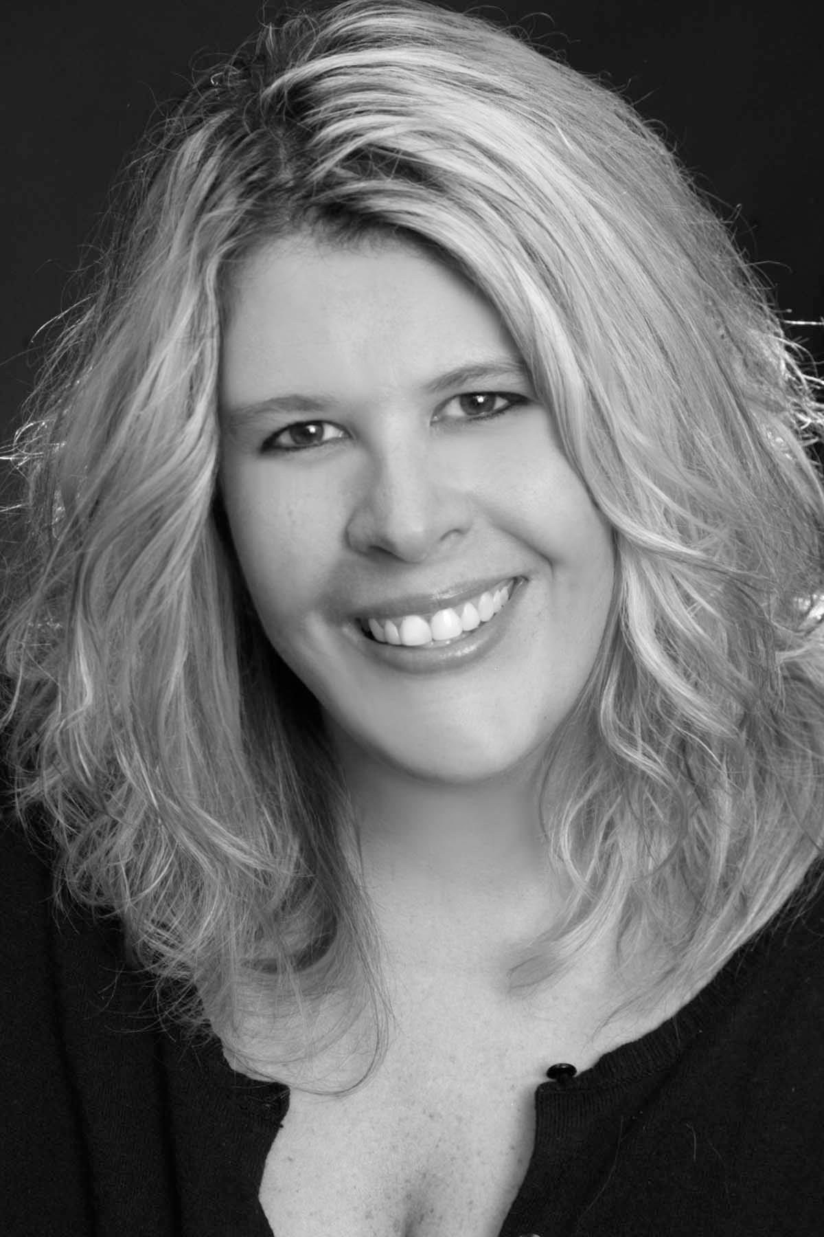 Lora Reynolds profile image