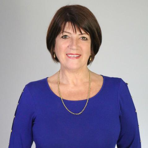 Lynne Hale profile image