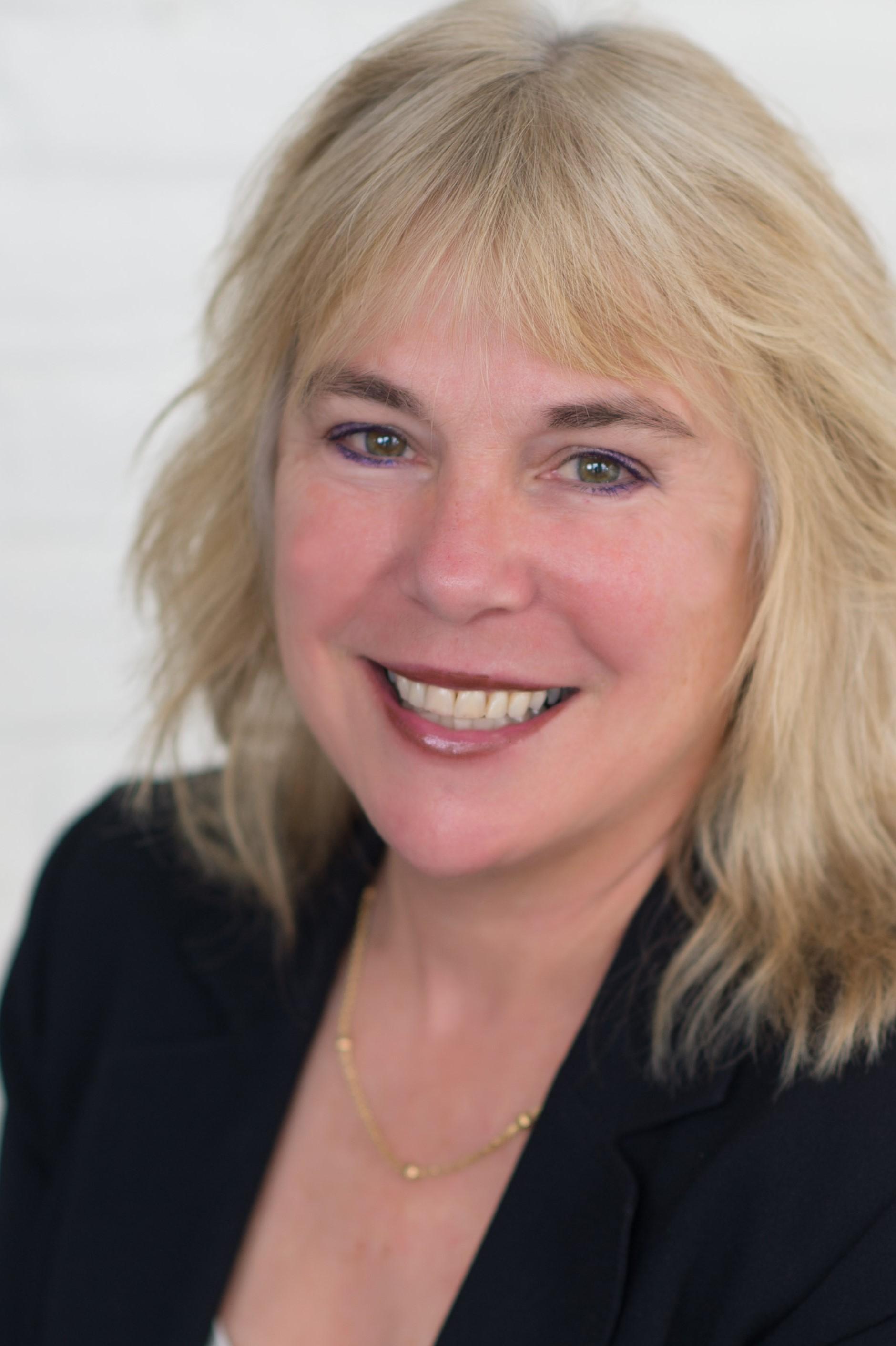Pamela Roberts profile image