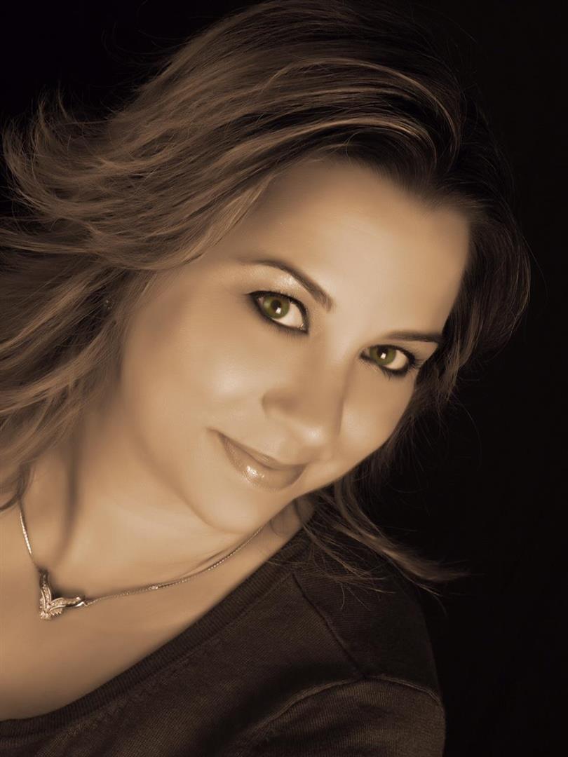 Laura Sanders profile image